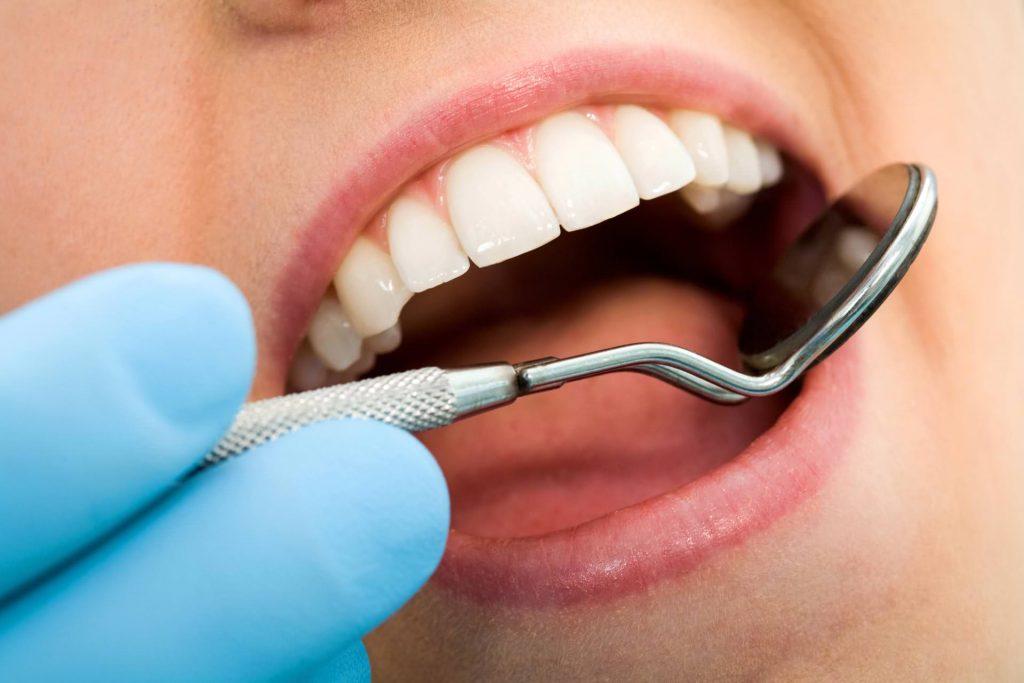 Első találkozás Dental Sárvár