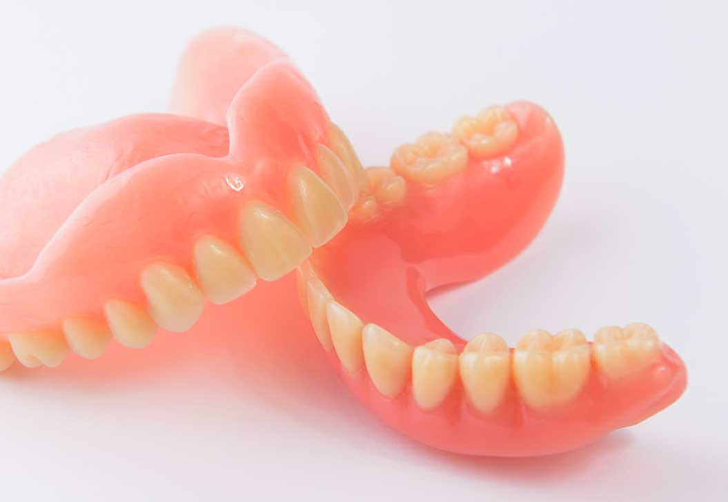 Teljes fogsor Dental Sárvár